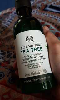 The Body Shop Mattifying Toner and Oil