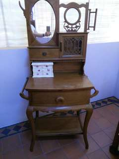 Antique pine wood dressing table