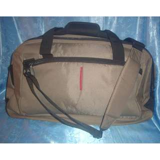 Missy's SAMSONITE Moss Green Luggage Bag
