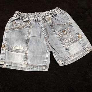 Hot pant size120 (wrna asli blue jeans muda)