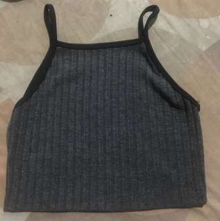 SLEEVELESS CROP TOP IN GRAY