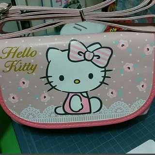 Kitty 觸控側背包