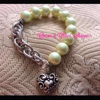 Pearls & Chains Bracelet