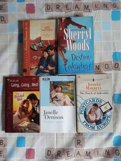 Assorted book bundle 89