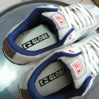 Globe shoes original size 44