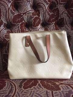 Preloved Auth Louis Vuitton vernis