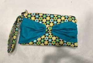 "Handmade bow   wristlet  9"" x 5"""