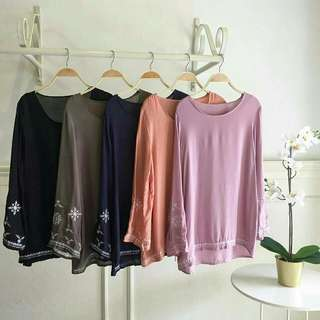 SAKURA cotton viscose top Price : $23.50 with complimentary normal mailing