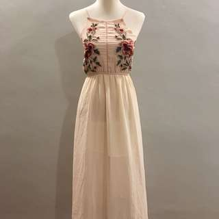 (BRAND NEW) Halter beige floral maxi dress