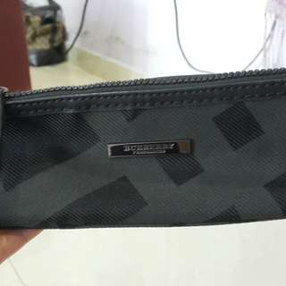 Burberry cosmetic pouch
