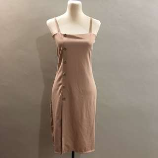 (BRAND NEW) Nude buttoned dress
