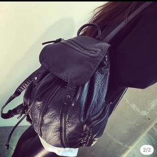 二手-黑色軟皮荔枝皮大後背包旅行包
