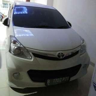 Di jual Toyota Veloz Keluaran Des 2013