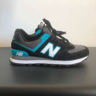 New Balance sneakers Sz 7