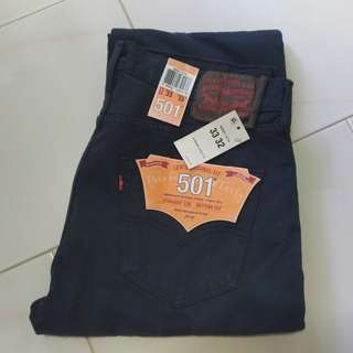 BRAND NEW Levi's 501 Jeans - Size 33 (mens)