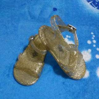 Old navy jelly shoes gold rush