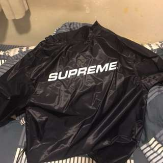 Supreme packable ripstop pullove 防水風衣 s碼 會偏大