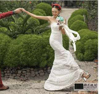 Wedding gown/ White gown/ dress