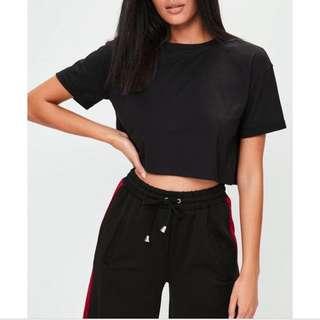 歐美小高領黑色短版T-shirt