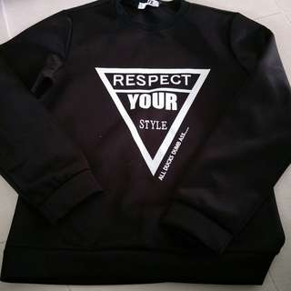 Mens pullover size M