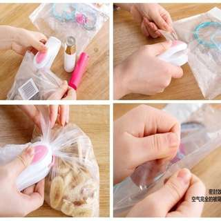 [CLEARANCE] Kitchen Mini Sealer Tidbits Seal Sweets Staple Heat