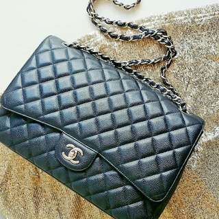 Chanel Maxi Jumbo Single Flap