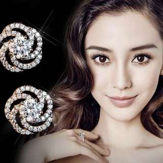 Fabulous earrings!💎18K rose-gold plated silver