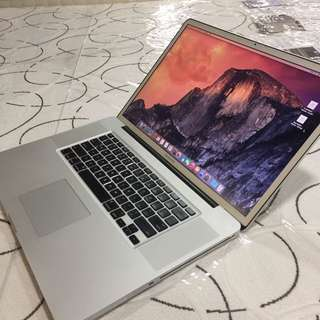 Macbookpro core 2duo 17-inch 8gb ram 256SSD good for autocad photoshop rendering video editing