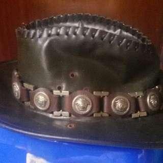 Topi cowboy kulit oscar rante versace authentic