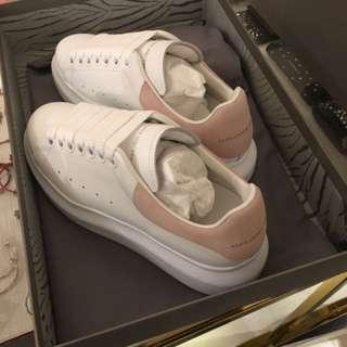 Mc queen sneaker 代購 多色