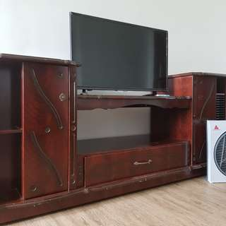 TV Rack and TV with free electric fan