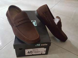 Cole slip on (old brown) casual