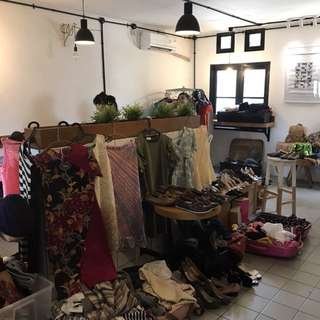 GARAGE SALE BARBEKYU DI BSD 10 Maret 2018