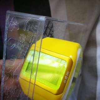 全新Odm 黃色 膠手錶