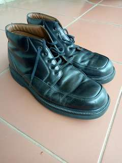 Sepatu kulit ROCKPORT