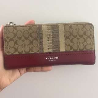 Preloved authentic Coach Wallet