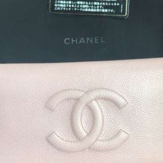 Preloved soft pink caviar chanel wallet