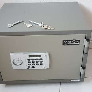 Morries 28 kg Digital Safe Box