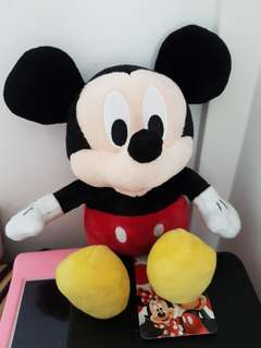 [Juniorcloset] 🆕 Authentic Disney Mickey Mouse & Friends Mickey beanie plushie Mickey soft toy Mickey plush