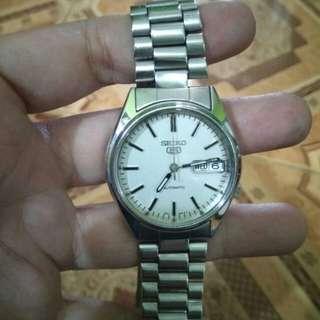 Jam tangan Seiko automatic