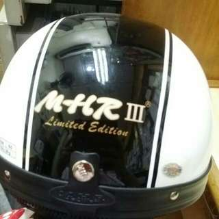 Mhr Classic III limited Edition White & Black , Hitam Putih Half Cap Helmet For Motorcycle Motorsikal