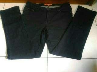 Jeans Skinny Merk DUAL, Uk. XXXL kecil (fit to bb 65 kg)