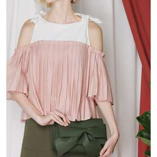 Frontier pleated contrast top (blush)