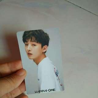 Photocard jisung and daehwi wanna one