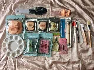 Make up cosmetics w bag