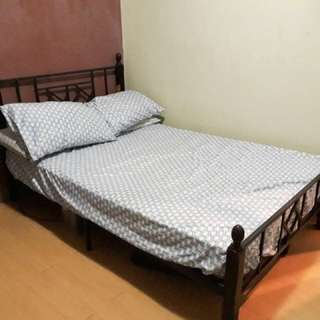 Bed Frame with Mattress (Size: Double or Full)