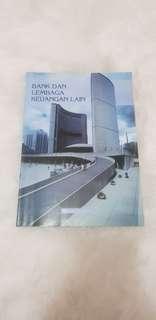 Bank dan Lembaga Keuangan Lain by Ktut Silvanita