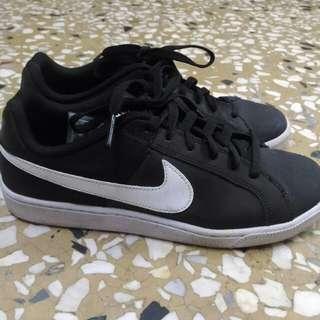 Nike 版鞋 近全新 25cm