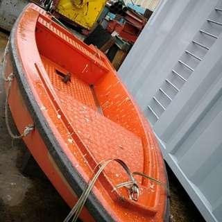 15 FT Fibreglass boat
