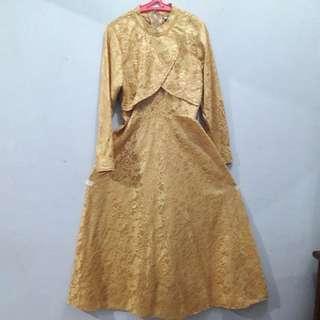 (New) Long Dress Gold